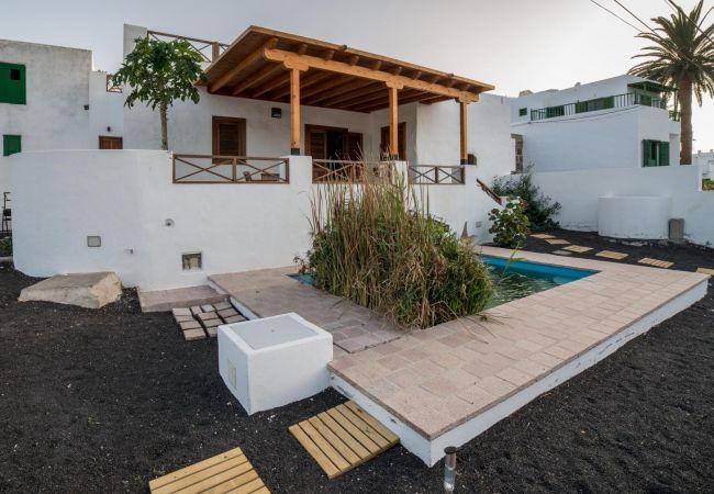 House in Haría -  Lightbooking Casa Haría