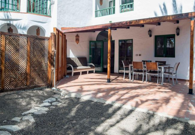 Apartment in San Bartolomé de Tirajana - Lightbooking-