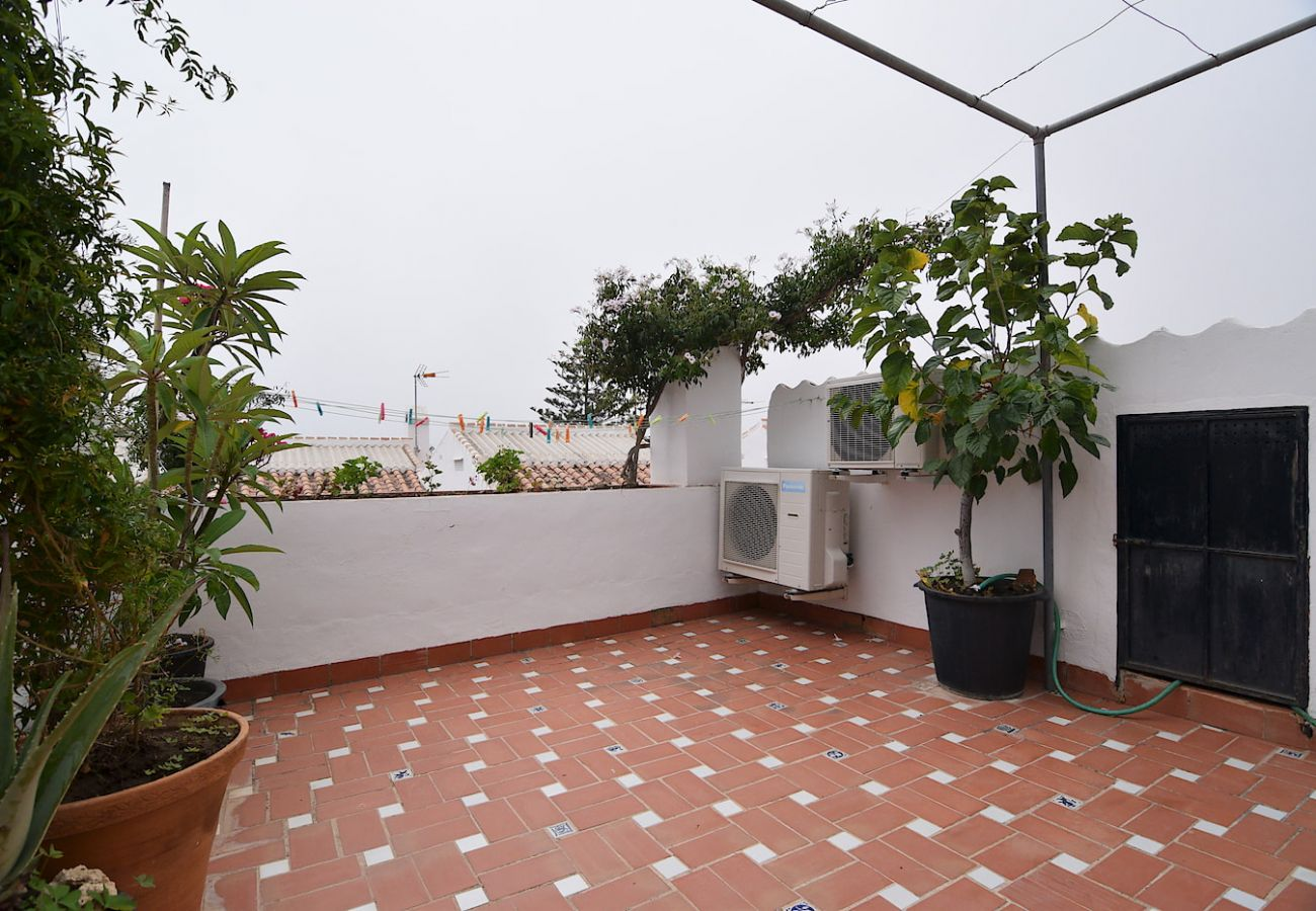 House in Nerja - House for 6 people to 700 m beach