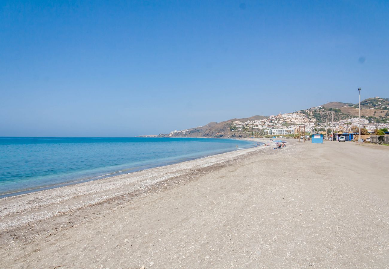 Cottage in Nerja - Cottage of 2 bedrooms to 2 km beach