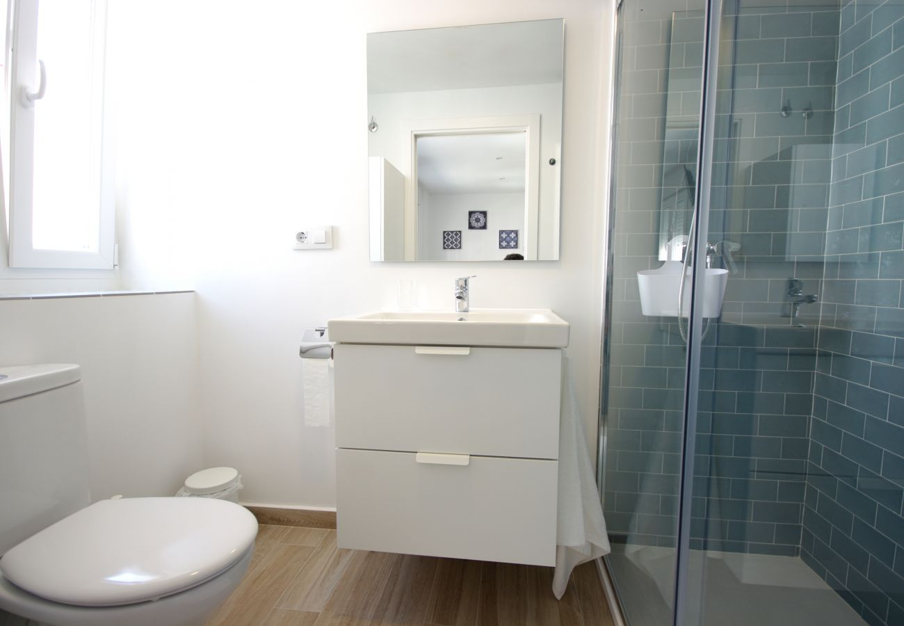 Apartment in Tarifa - Apartment of 1 bedrooms to100 mbeach