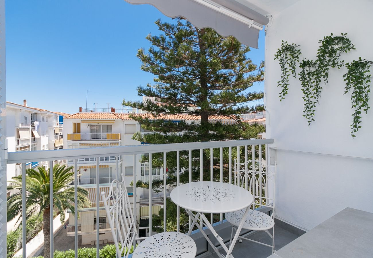 Apartment in Nerja - Apartment with swimmingpool to230 mbeach