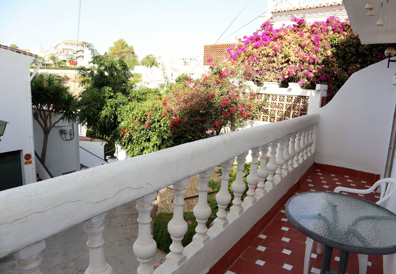 Apartment in Nerja - Apartment of 2 bedrooms to200 mbeach