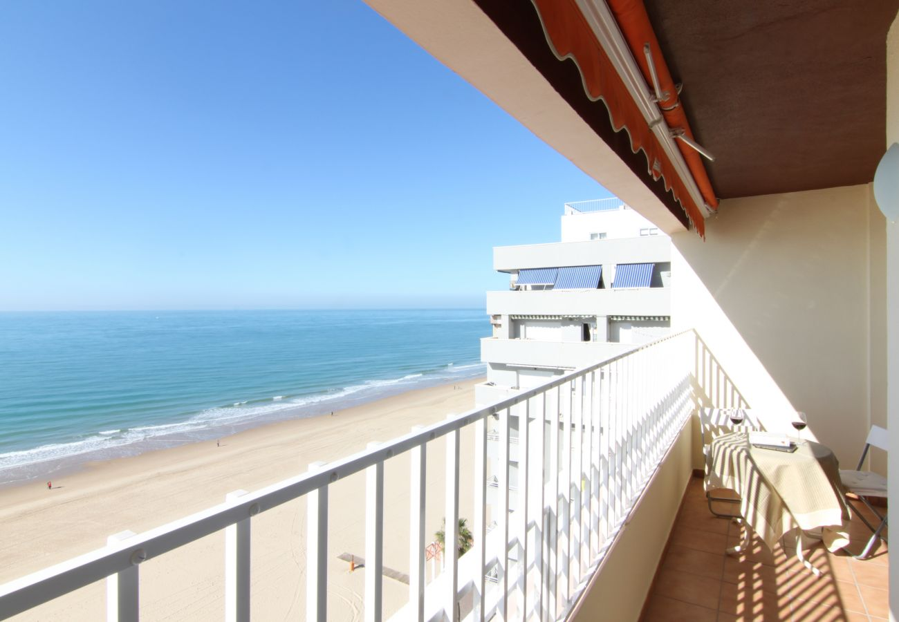 Apartment in Cádiz - Apartment with air-conditioned to5 mbeach