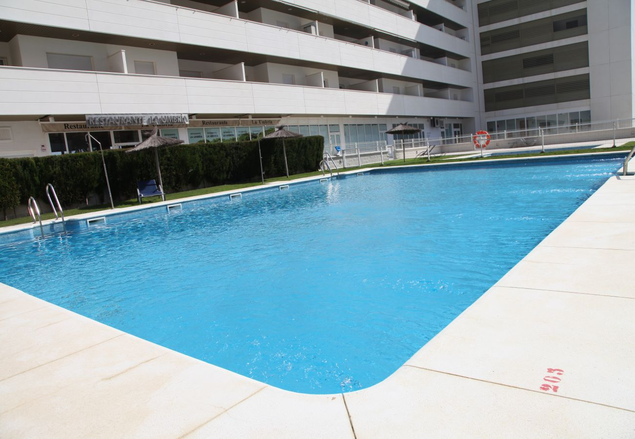 Apartment in Punta Umbria - Apartment with swimming pool to150 mbeach