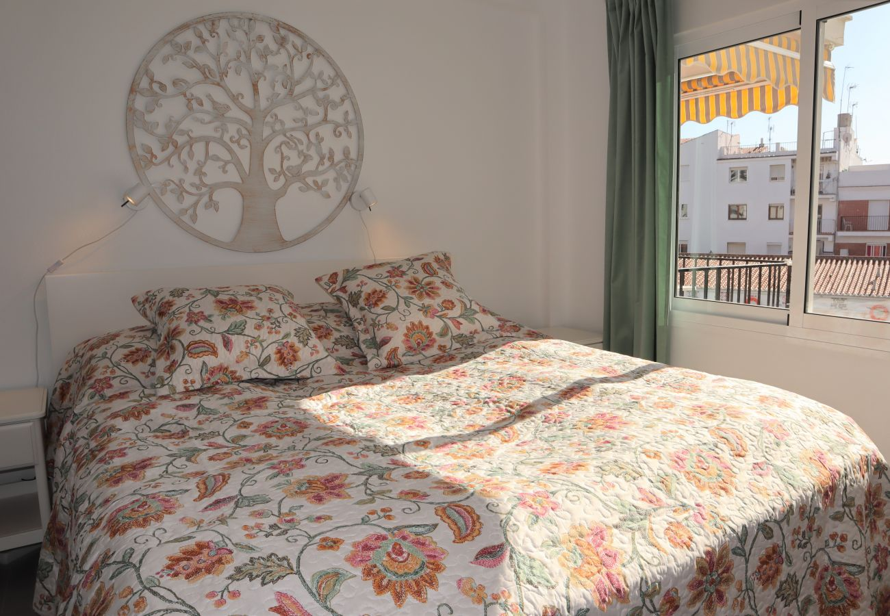 Apartment in Nerja - Apartment of 2 bedrooms to250 mbeach