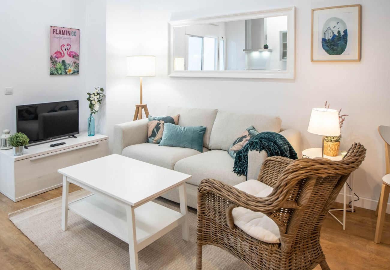 Apartment in Cádiz - Apartment for 4 people to500 mbeach