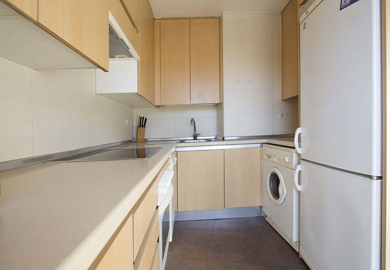 Apartment in Madrid - ATOCHA-M30- H. GREGORIO MARAÑON ATICO DUPLEX TERRAZA - 6 PAX