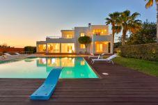 Villa à Ibiza - FLUXA CAN Villa. Ibiza. Villa près de...