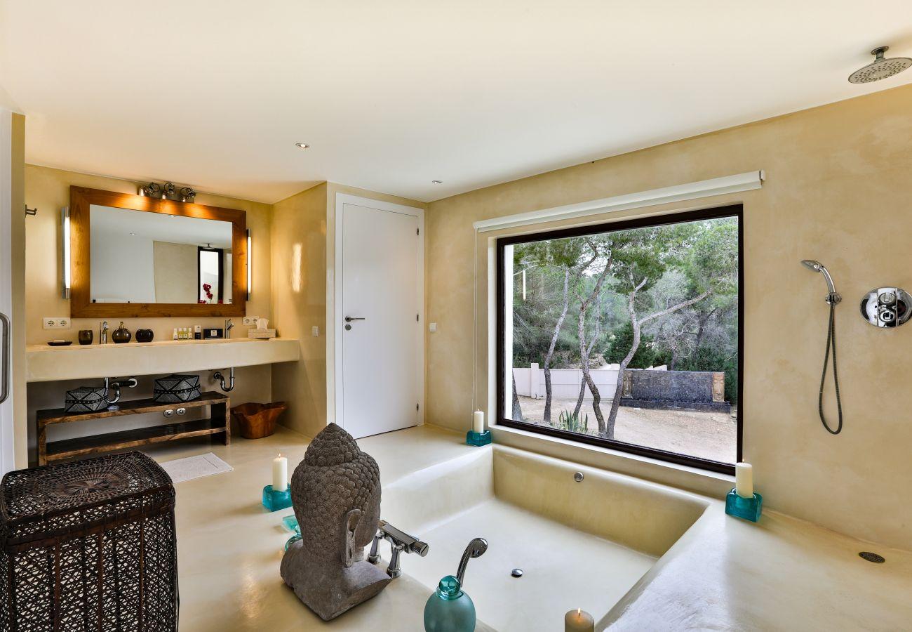 Villa à Ibiza - Villa avec 5 chambres à Ibiza