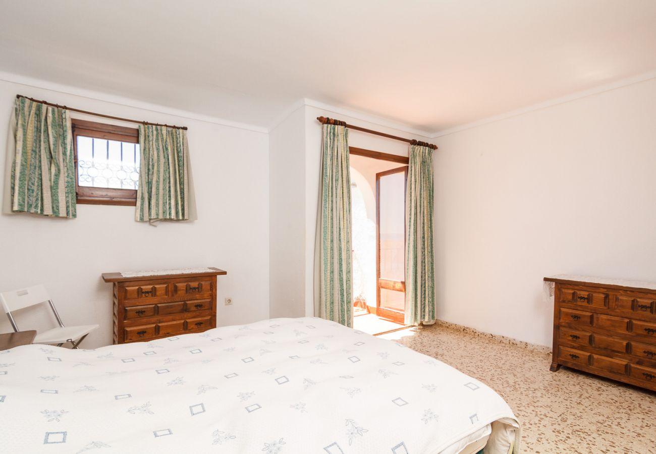 Villa à Nerja - Villa pour 6 personnes à1 kmde la plage
