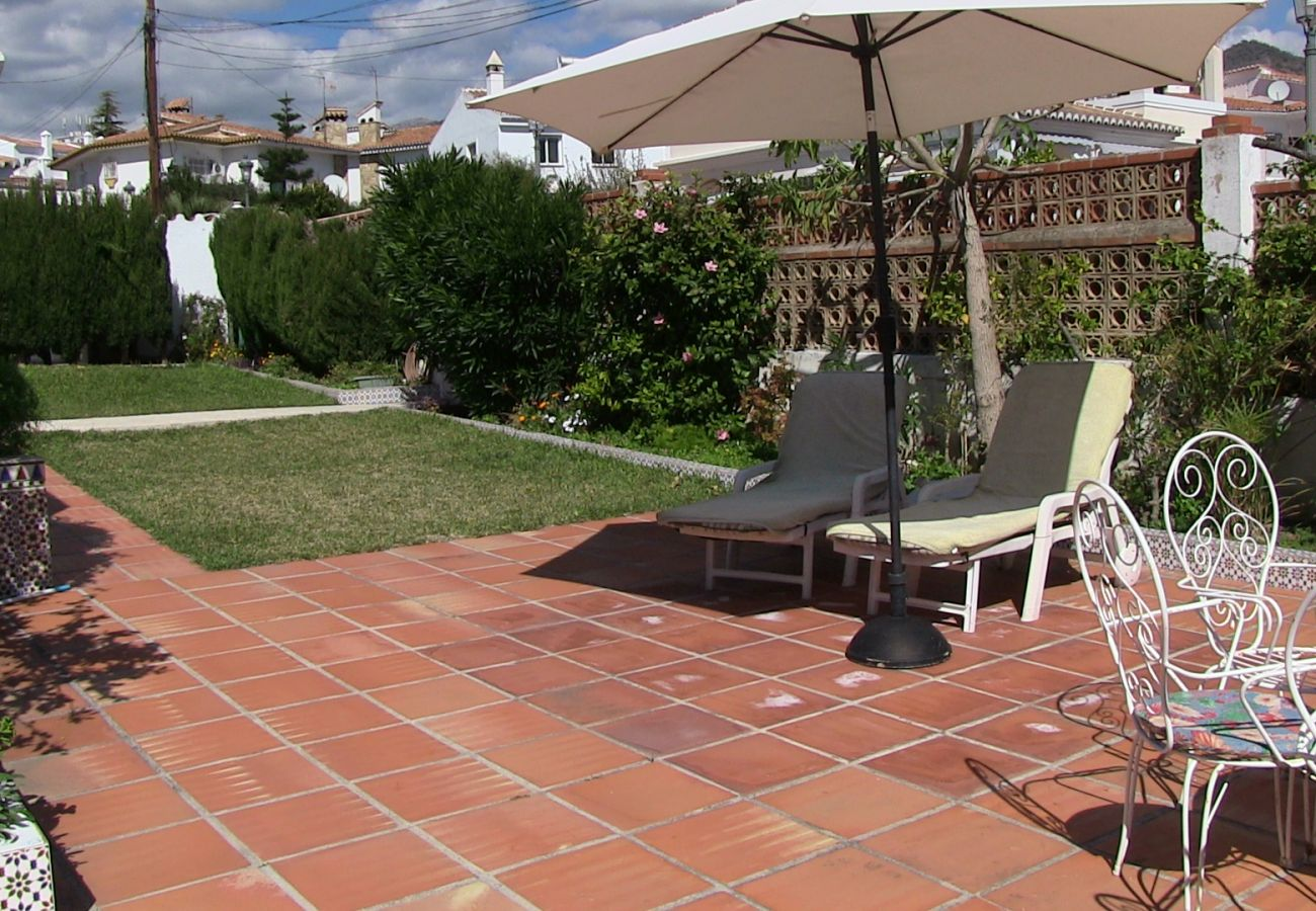 Villa à Nerja - Villa avec piscine à800 mde la plage