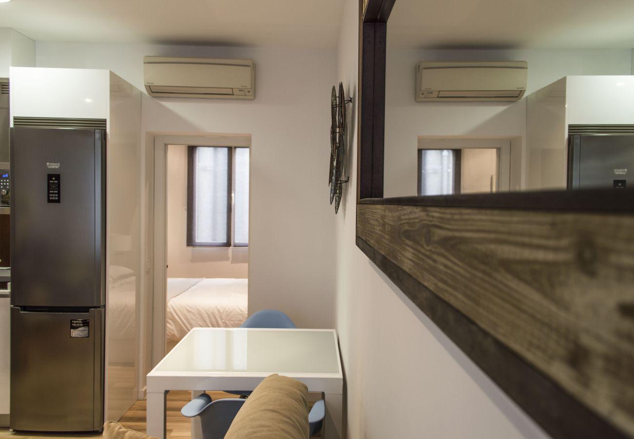 Appartement à Madrid - Modern Madrid Downtown Puerta Del Sol M (PRE4B)