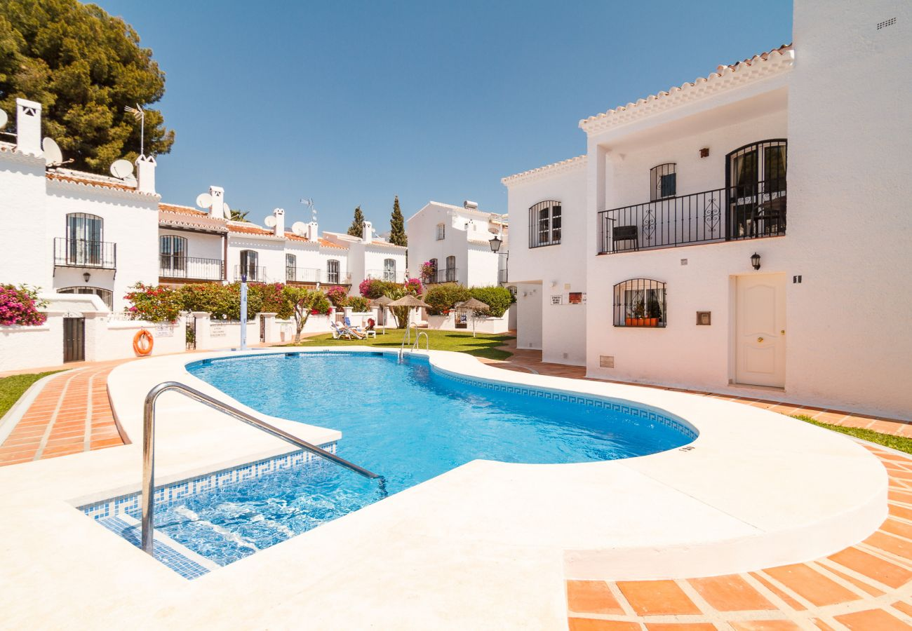 Villa à Nerja - Villa avec piscine à600 mde la plage