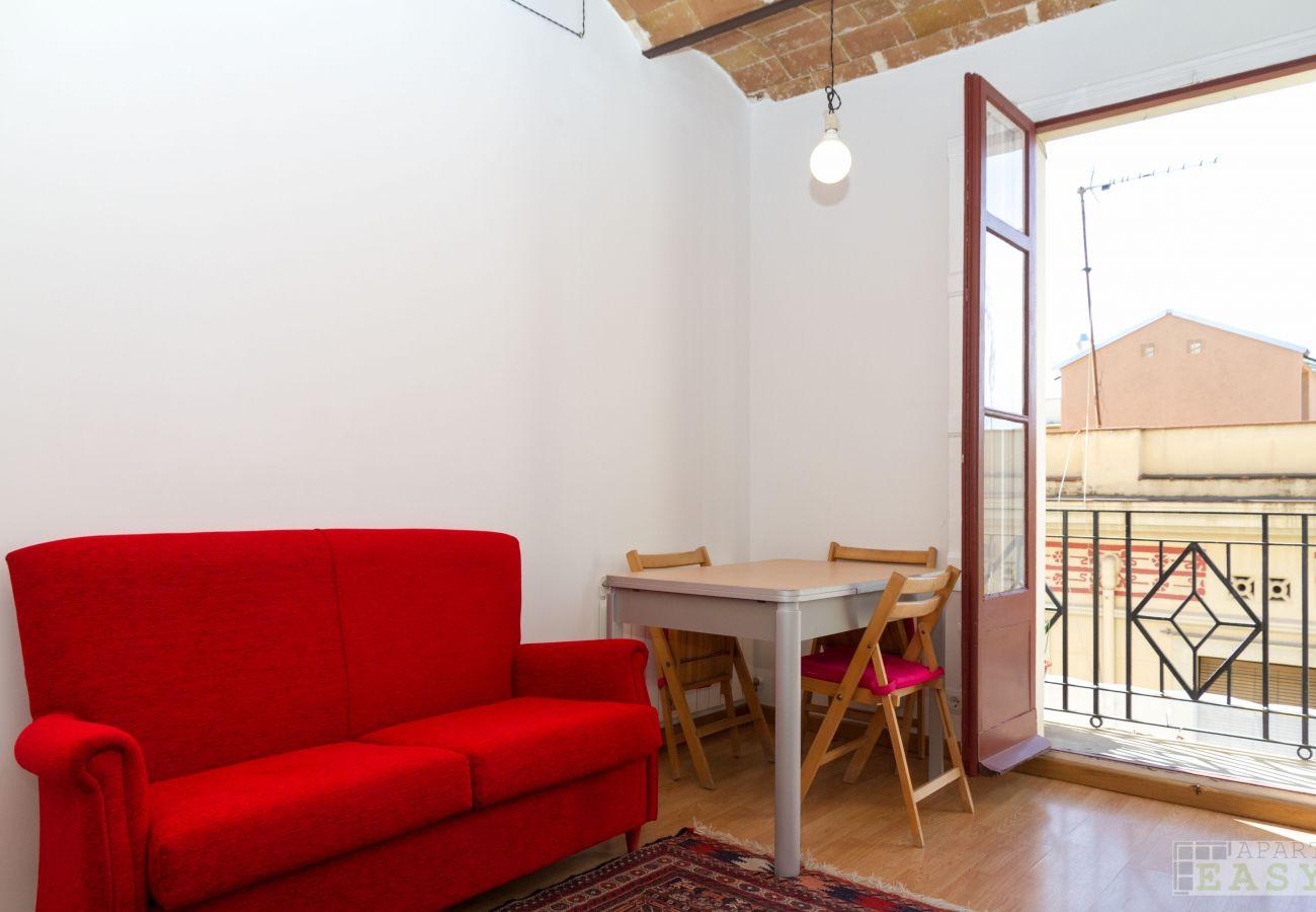Appartement à Barcelone - GRACIA ROSE, confortable appartement ensoleillé de 4 chambres à louer par jours à Barcelone centre, Gracia