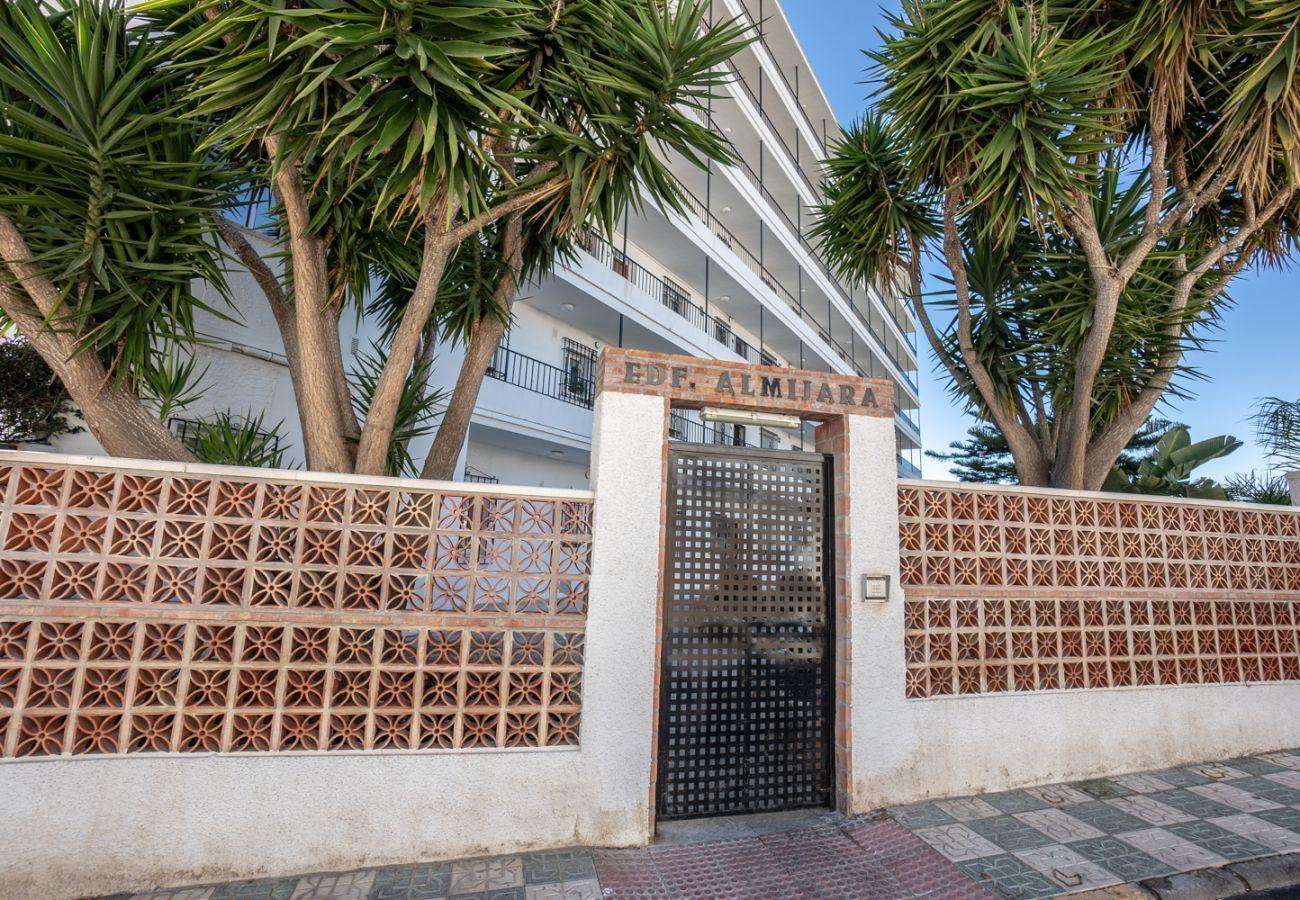 Appartement à Nerja - Appartement avec piscine à1 kmde la plage