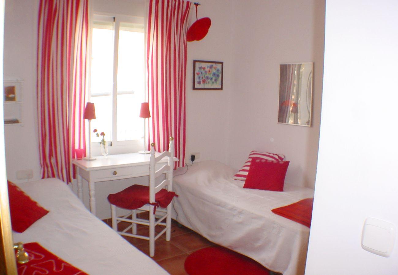 Chalet à Nerja - Chalet avec 4 chambres à500 mde la plage