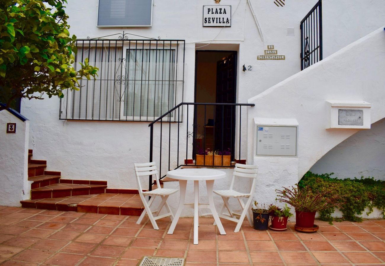 Appartement à Nerja - Appartement avec piscine à 300 m de la plage