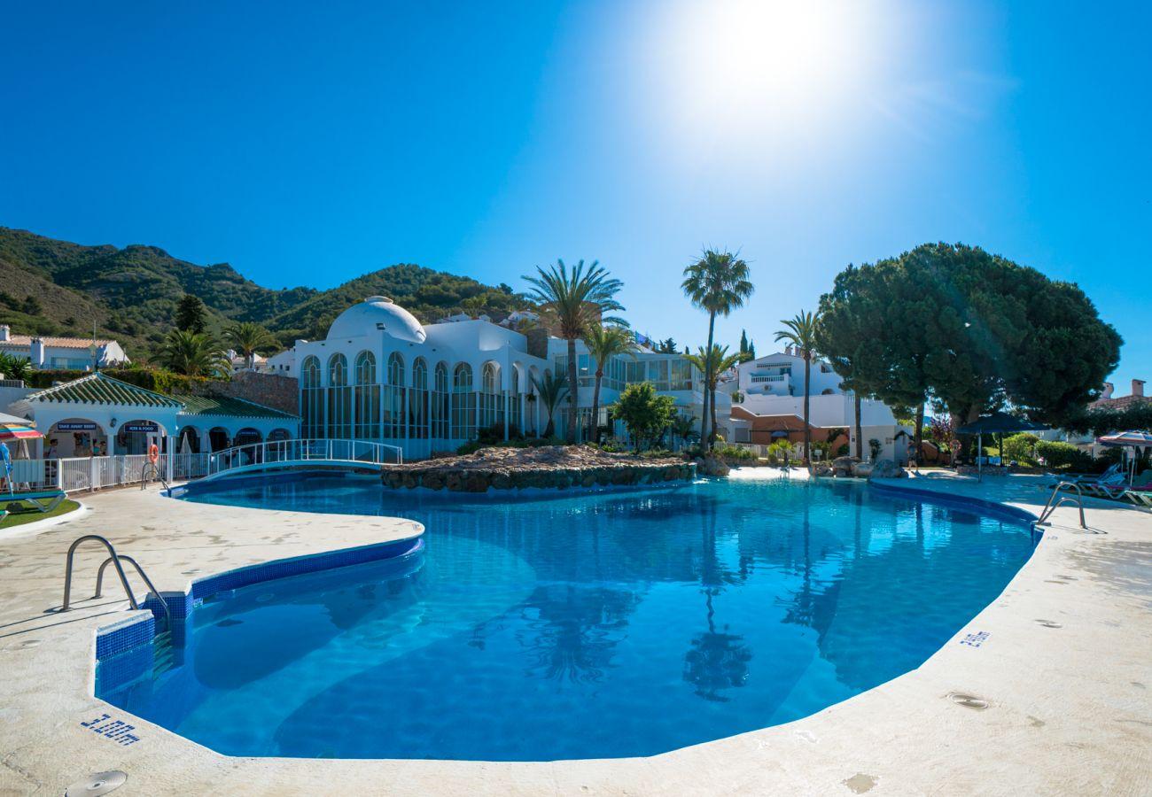 Studio à Nerja - Studio avec piscine à2 kmde la plage