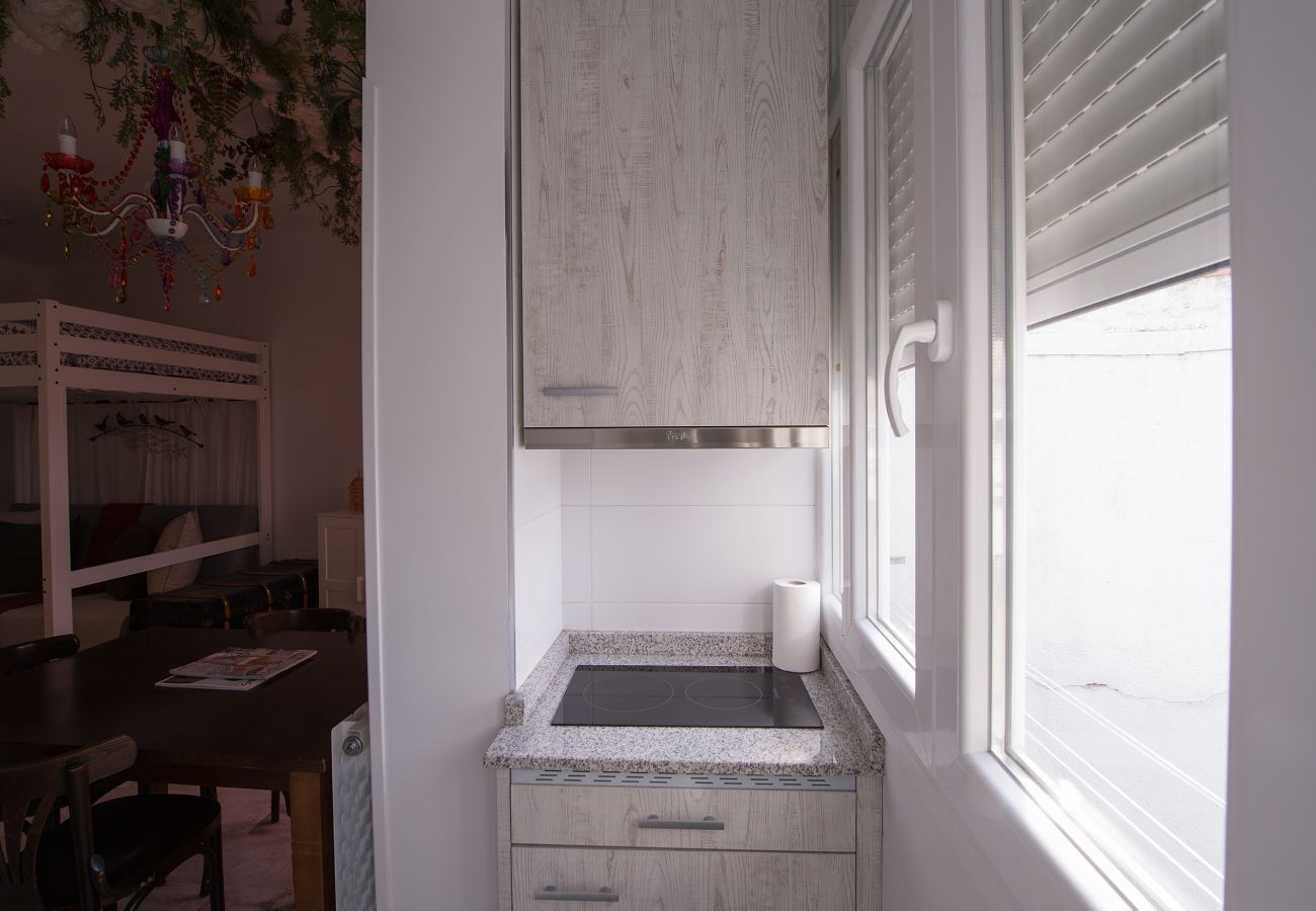 Studio à Madrid - CITY CENTER- ATOCHA ST.  Studio. 4 PAX
