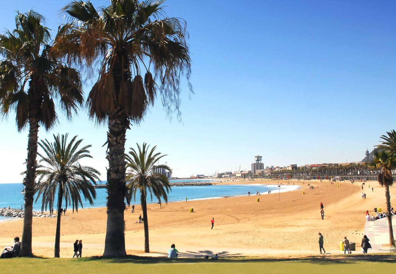 Appartement à Barcelone - Appartement DELUXE à louer avec terrasse et piscine à Barcelone centre