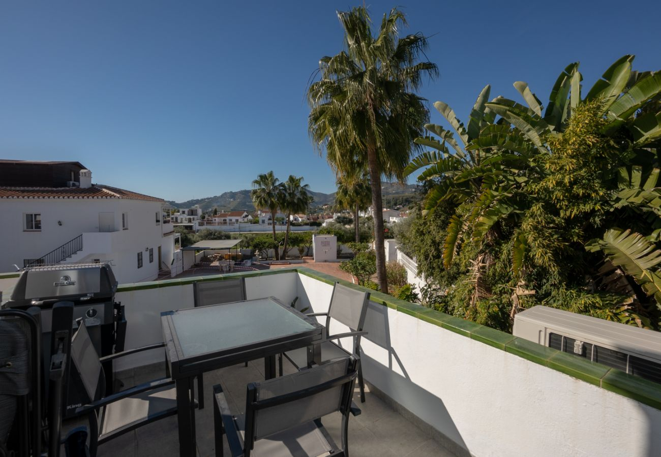 Appartement à Nerja - Appartement avec piscine à 2 km de la plage