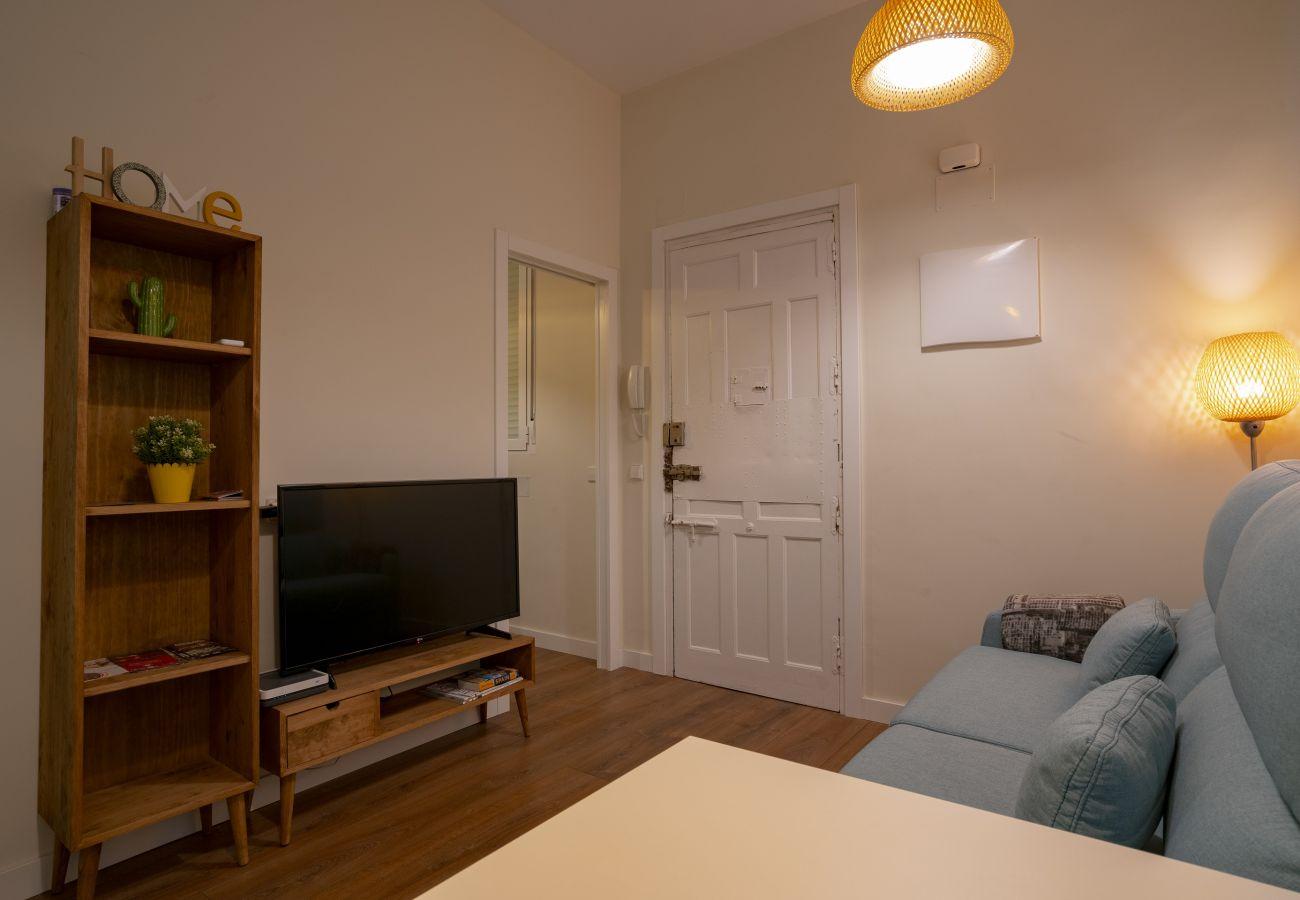 Appartement à Madrid - Apartment Downtown Madrid Chueca-Malasaña, 1 Room, 4 pax