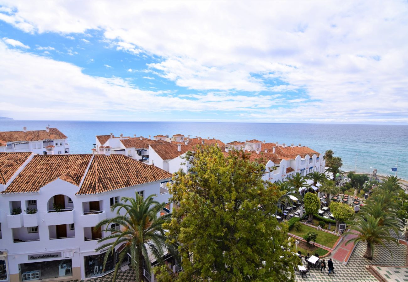 Appartement à Nerja - Appartement avec piscine à 100 m de la plage