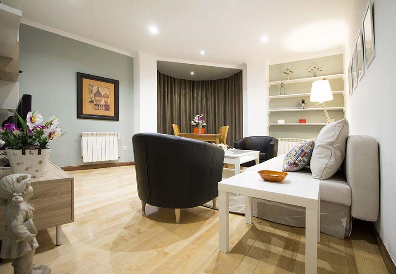 Appartement à Madrid - ATOCHA-M30-HOSPITAL GREGORIO MARAÑON 2 ROOMS - 6 PAX