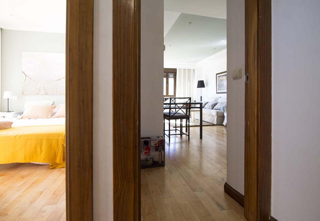 Appartement à Madrid - ATOCHA-M30- HOSPITAL GREGORIO MARAÑON. ATICO DUPLEX 7 PAX